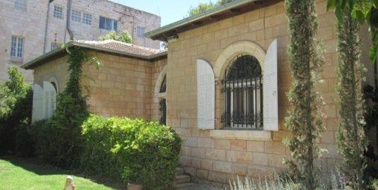 בית פרטי מקסים בטלביה – רחוב בלפור